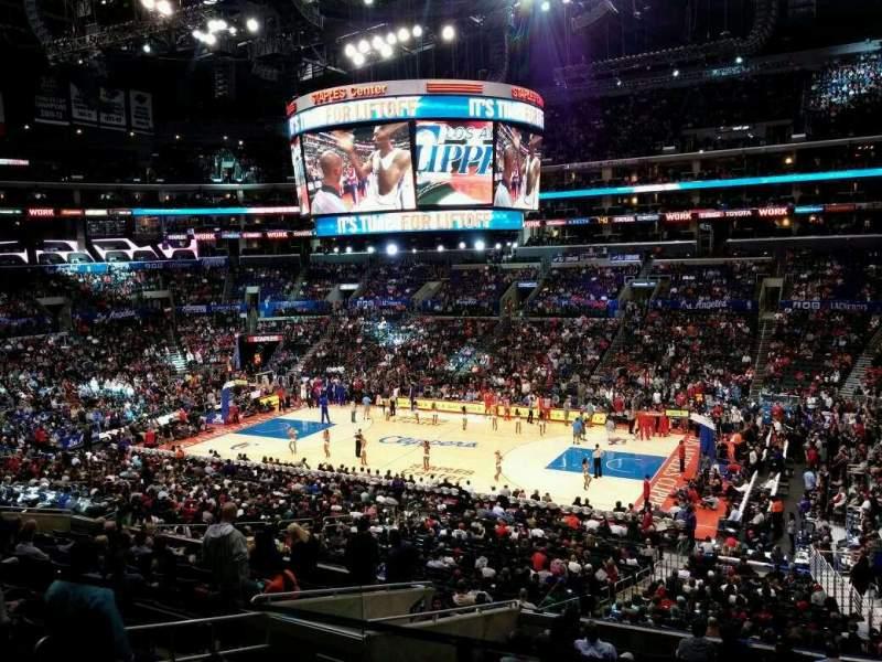 Vista sentada para Staples Center Secção Suite A43