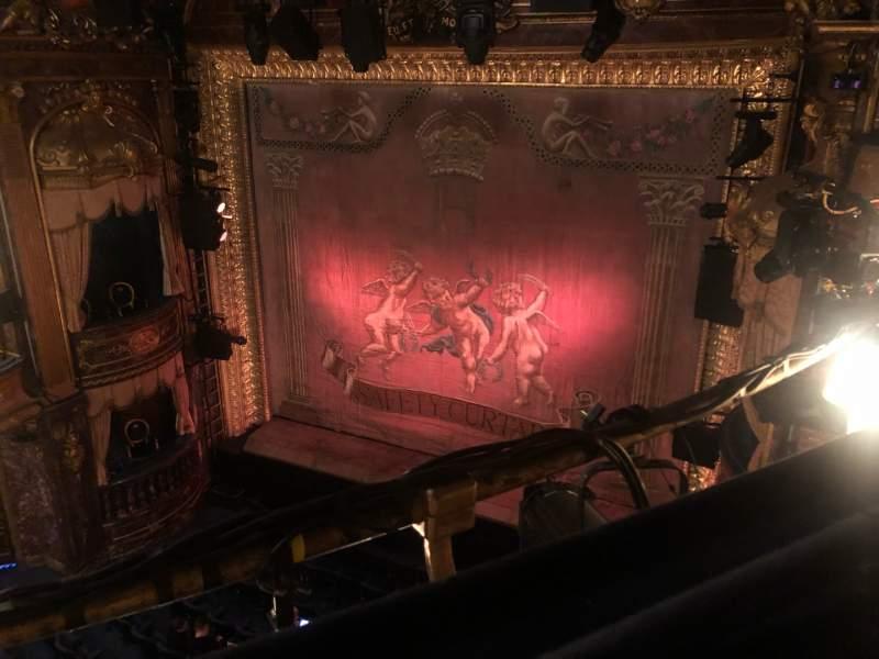 Vista sentada para Theatre Royal Haymarket Secção Grand Circle Fila A Lugar 10