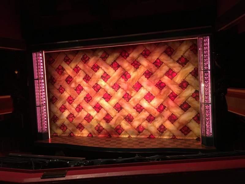 Vista sentada para Adelphi Theatre Secção Dress Circle Fila B Lugar 11