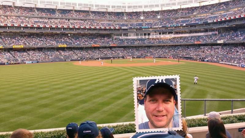Vista sentada para Yankee Stadium Secção 237 Fila 6 Lugar 17