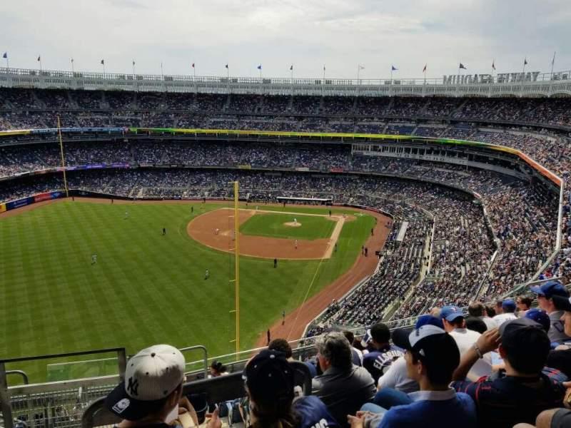 Vista sentada para Yankee Stadium Secção 432B Fila 9 Lugar 20