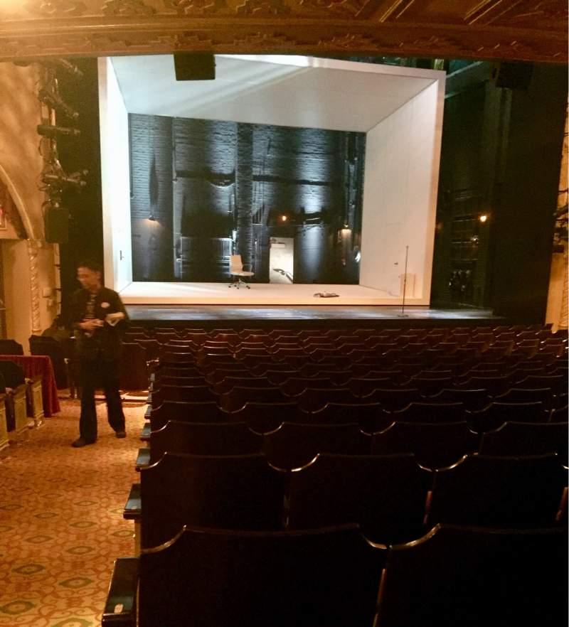Vista sentada para John Golden Theatre Secção Orchestra Fila Q Lugar 118