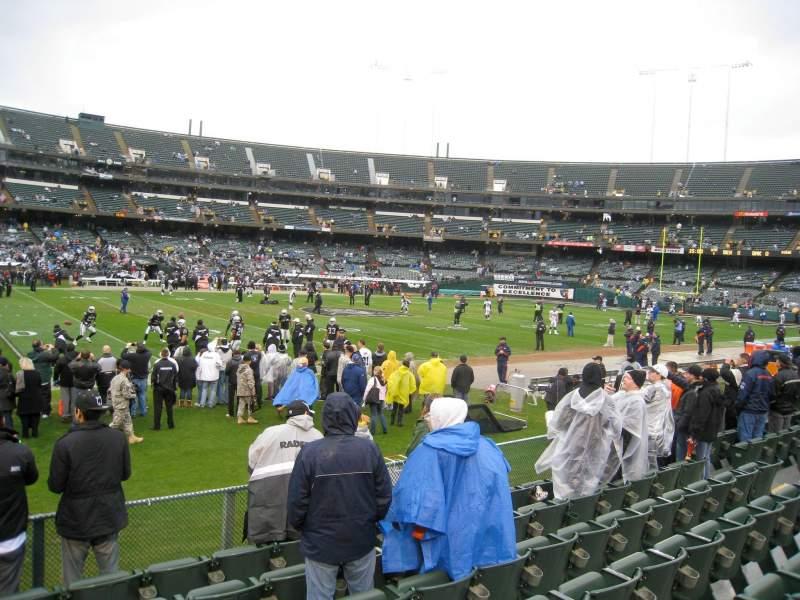 Vista sentada para Oakland Coliseum Secção 145 Fila 15 Lugar 2