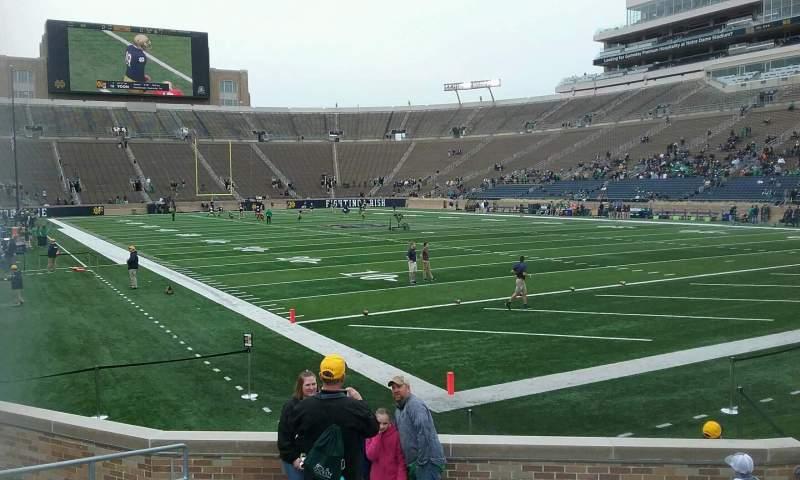 Vista sentada para Notre Dame Stadium Secção 4 Fila 14 Lugar 10