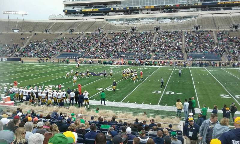 Vista sentada para Notre Dame Stadium Secção 9 Fila 26 Lugar 26