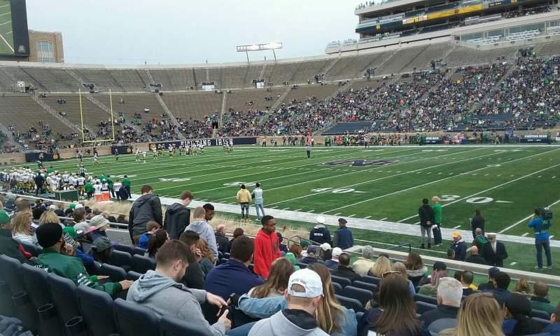 Vista sentada para Notre Dame Stadium Secção 8 Fila 18 Lugar 8