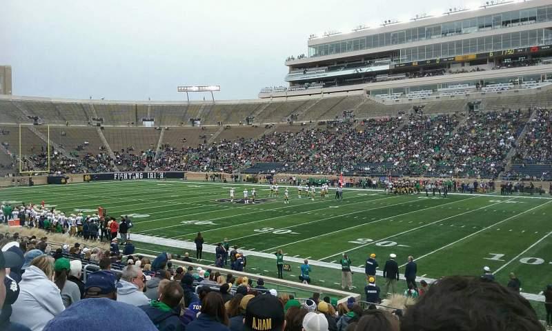 Vista sentada para Notre Dame Stadium Secção 7 Fila 24 Lugar 8