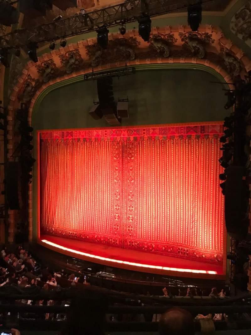 Vista sentada para New Amsterdam Theatre Secção Mezzanine R Fila CC Lugar 14