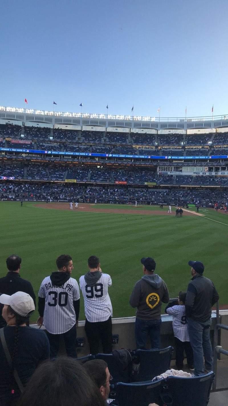 Vista sentada para Yankee Stadium Secção 134 Fila 6 Lugar 3