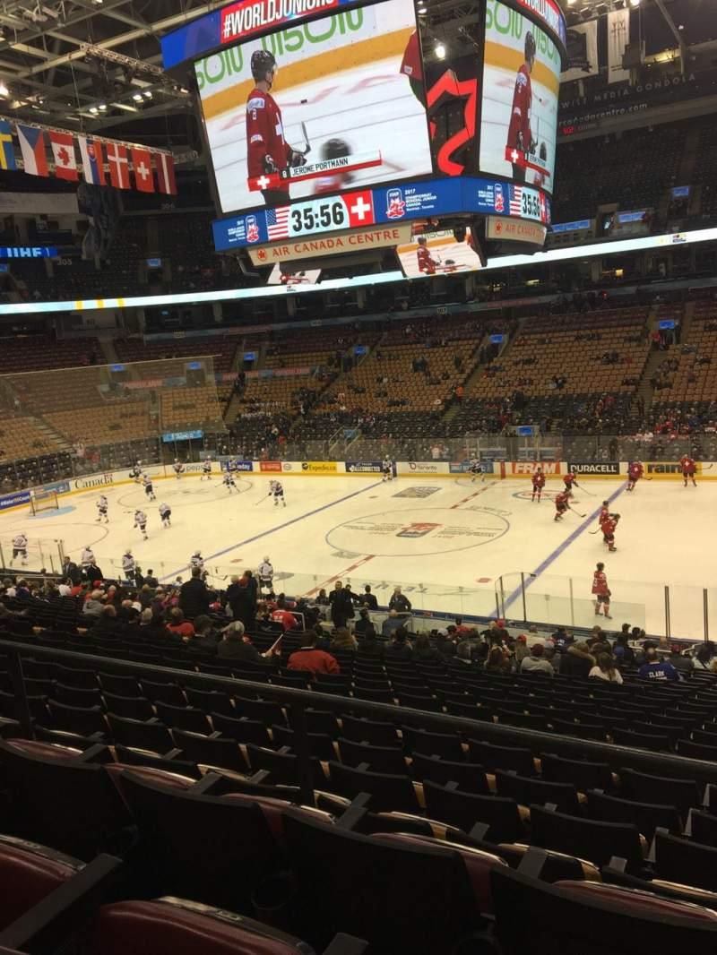 Vista sentada para Scotiabank Arena Secção 118 Fila 26 Lugar 3