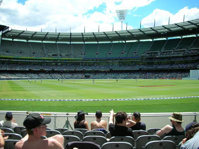 Vista sentada para Melbourne Cricket Ground Secção GENADM Fila K Lugar 133