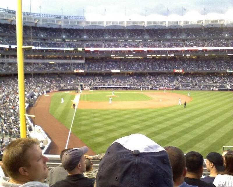 Vista sentada para Yankee Stadium Secção 207 Fila 6 Lugar 4