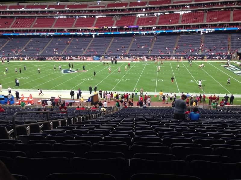 Vista sentada para NRG Stadium Secção 104 Fila J Lugar 5