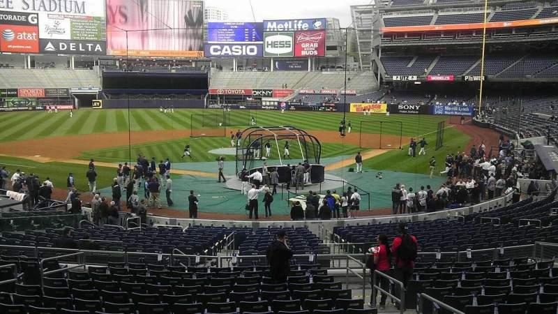 Vista sentada para Yankee Stadium Secção 419 Fila 12 Lugar 19