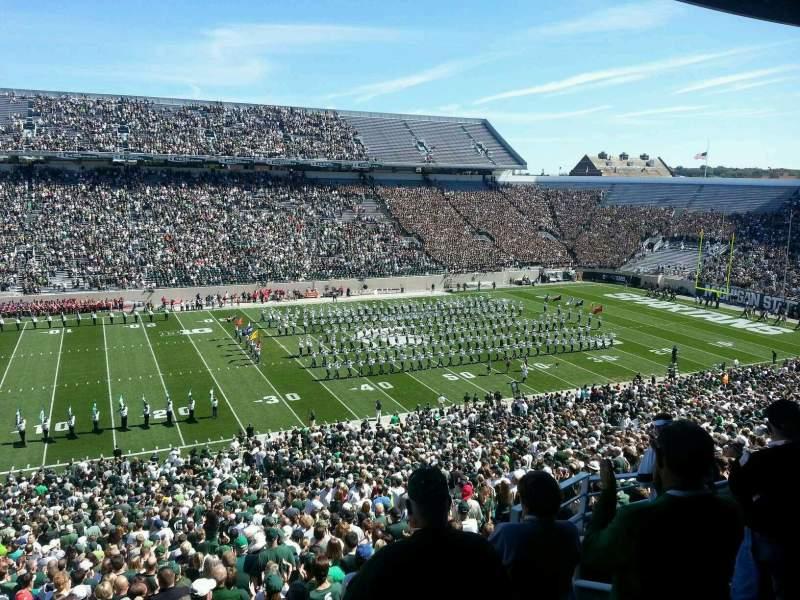 Vista sentada para Spartan Stadium Secção c10 Fila 10 Lugar 4