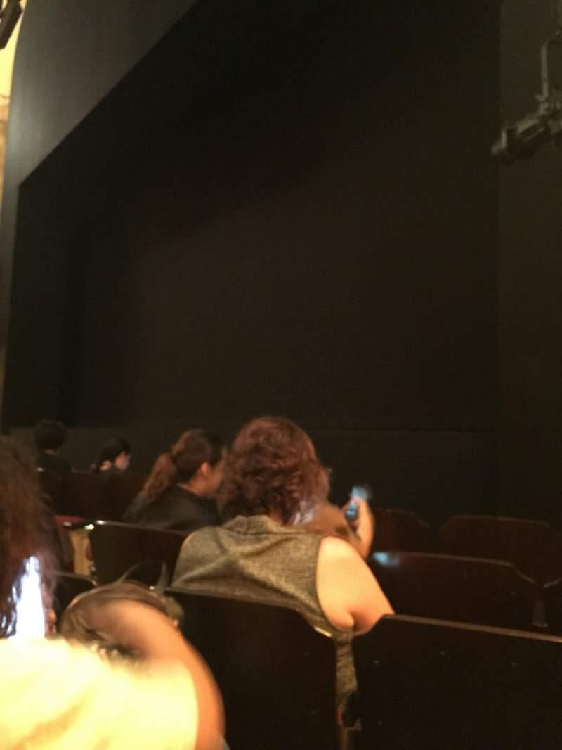 Vista sentada para Bernard B. Jacobs Theatre Secção Orchestra R Fila E Lugar 10