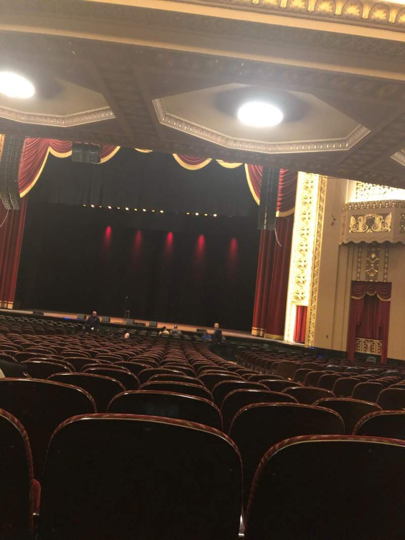 Vista sentada para Stifel Theatre Secção Orchestra Right Center Fila BB Lugar 14