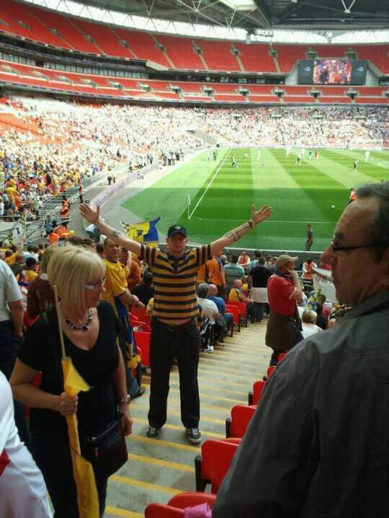 Vista sentada para Wembley Stadium