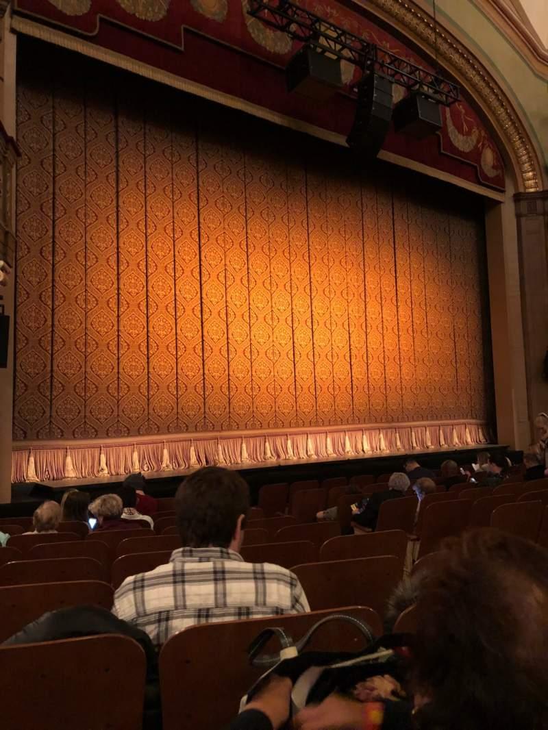 Vista sentada para Booth Theatre Secção Orchestra L Fila J Lugar 7