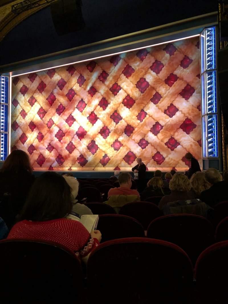 Vista sentada para Brooks Atkinson Theatre Secção Orchestra Right Fila K Lugar 8