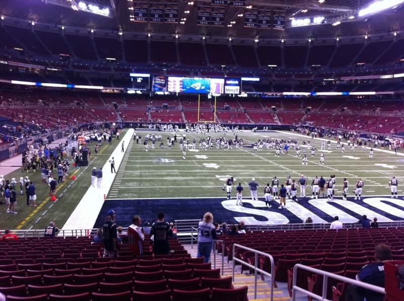 Vista sentada para The Dome at America's Center Secção 130 Fila U Lugar 2
