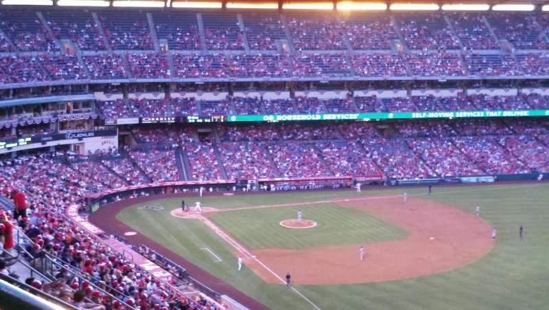 Vista sentada para Angel Stadium Secção 536 Fila K Lugar 1