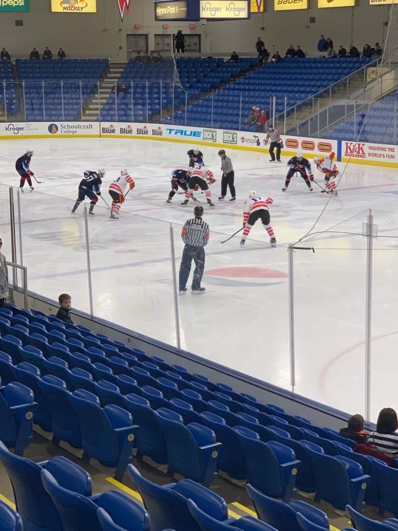 Vista sentada para USA Hockey Arena Secção 120 Fila N Lugar 8