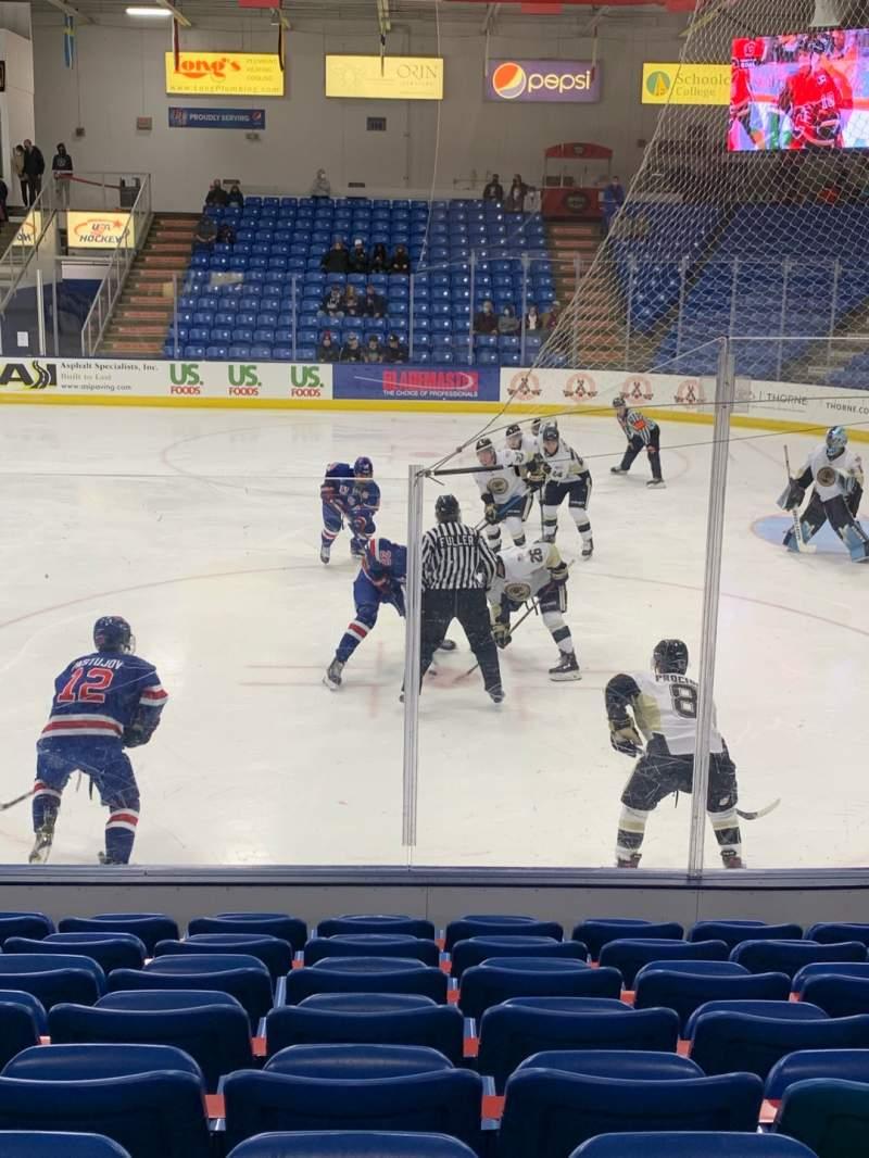 Vista sentada para USA Hockey Arena Secção 101 Fila J Lugar 10