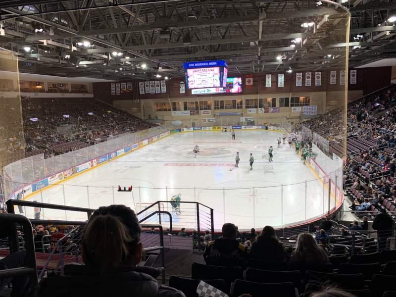 Vista sentada para Erie Insurance Arena Secção 212 Fila V Lugar 18