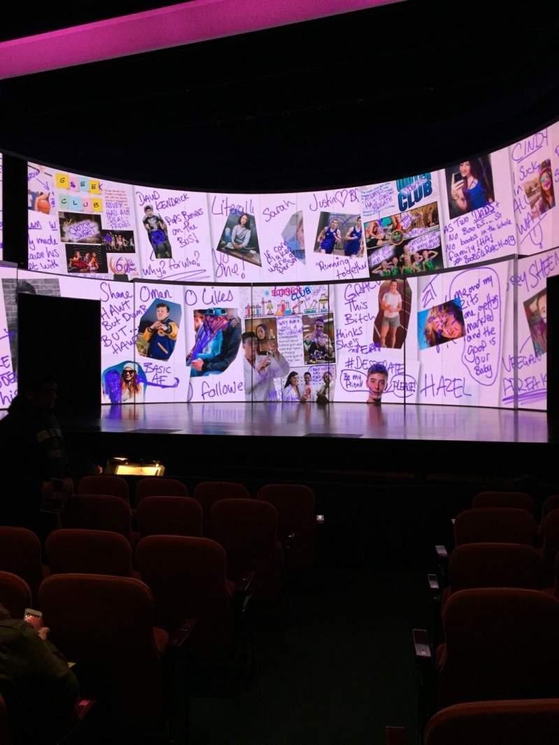 Vista sentada para National Theatre (DC) Secção Orch Fila H Lugar 2