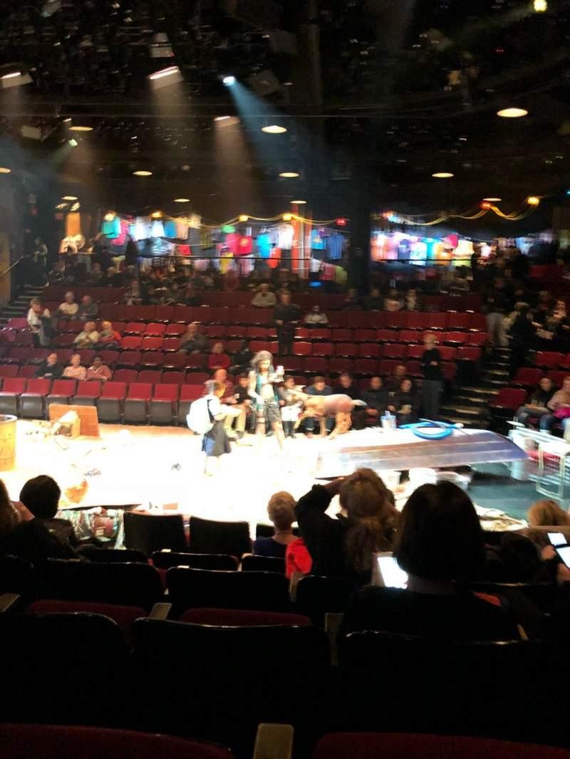 Vista sentada para Circle in the Square Theatre Secção Orchestra 200 (Odd) Fila E Lugar 215