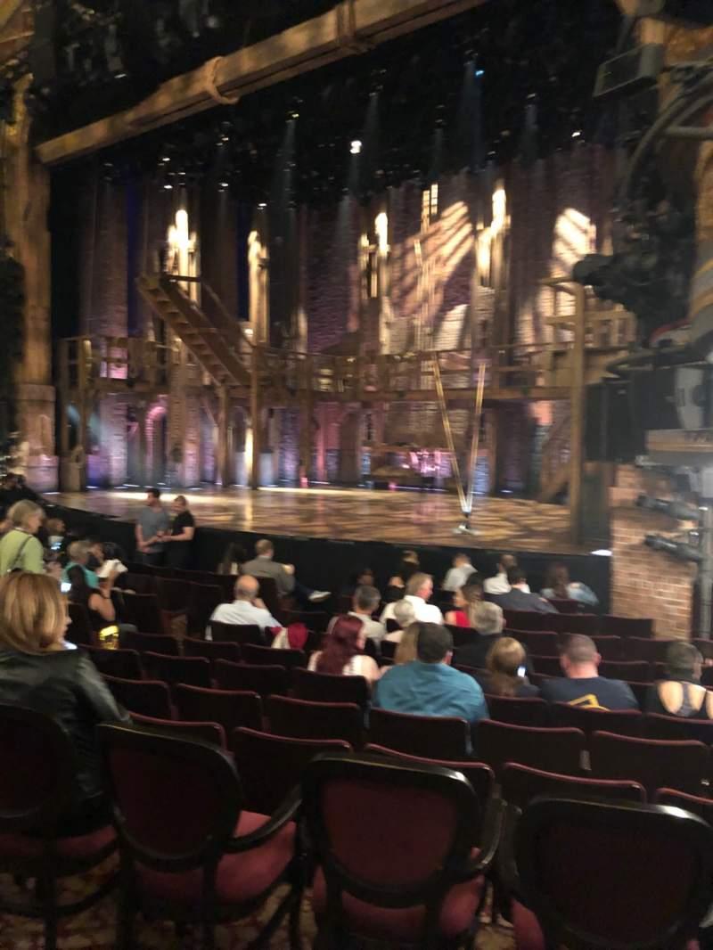 Vista sentada para Richard Rodgers Theatre Secção Orchestra R Fila L Lugar 22