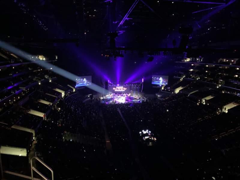 Vista sentada para Staples Center Secção 311 Fila 7 Lugar 19