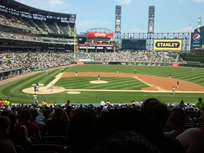 Vista sentada para Guaranteed Rate Field Secção 127 Fila 37 Lugar 3