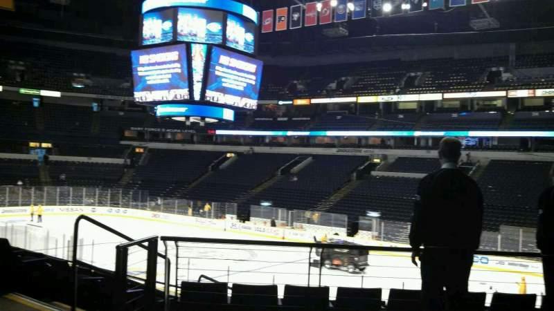 Vista sentada para Bridgestone Arena Secção 108 Fila H Lugar 22