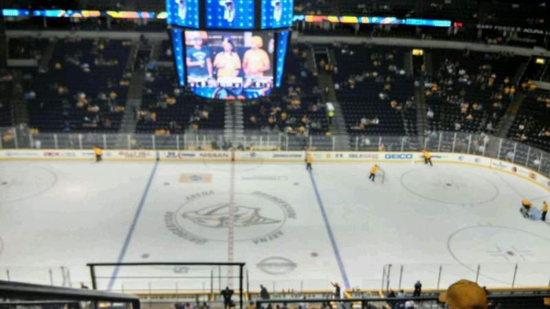 Vista sentada para Bridgestone Arena Secção 326 Fila D Lugar 17