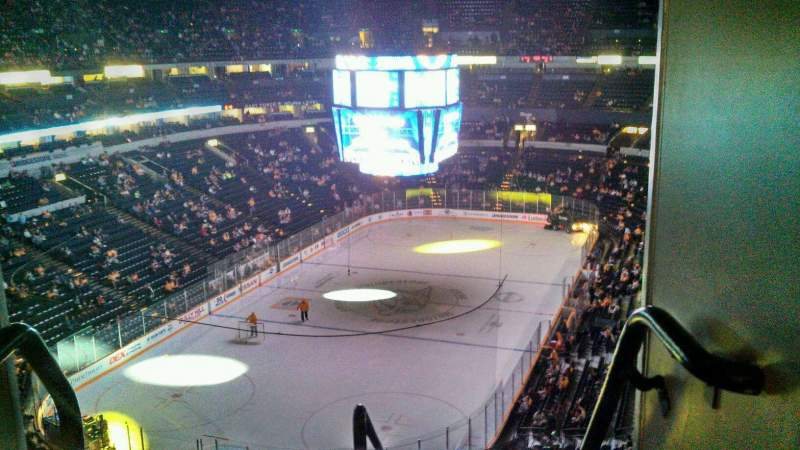 Vista sentada para Bridgestone Arena Secção 320 Fila F Lugar 22