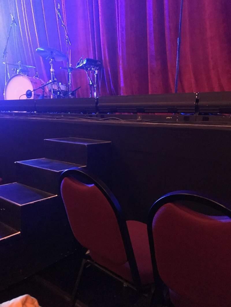 Vista sentada para Chicago Theatre Secção Orchestra 4L Fila BBB Lugar 413