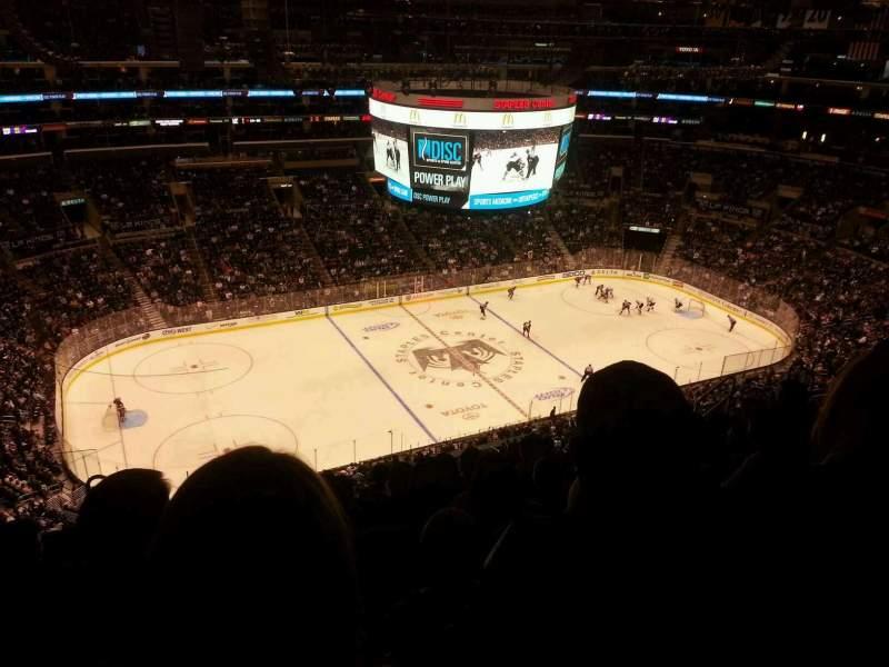 Vista sentada para Staples Center Secção 303 Fila 10 Lugar 11