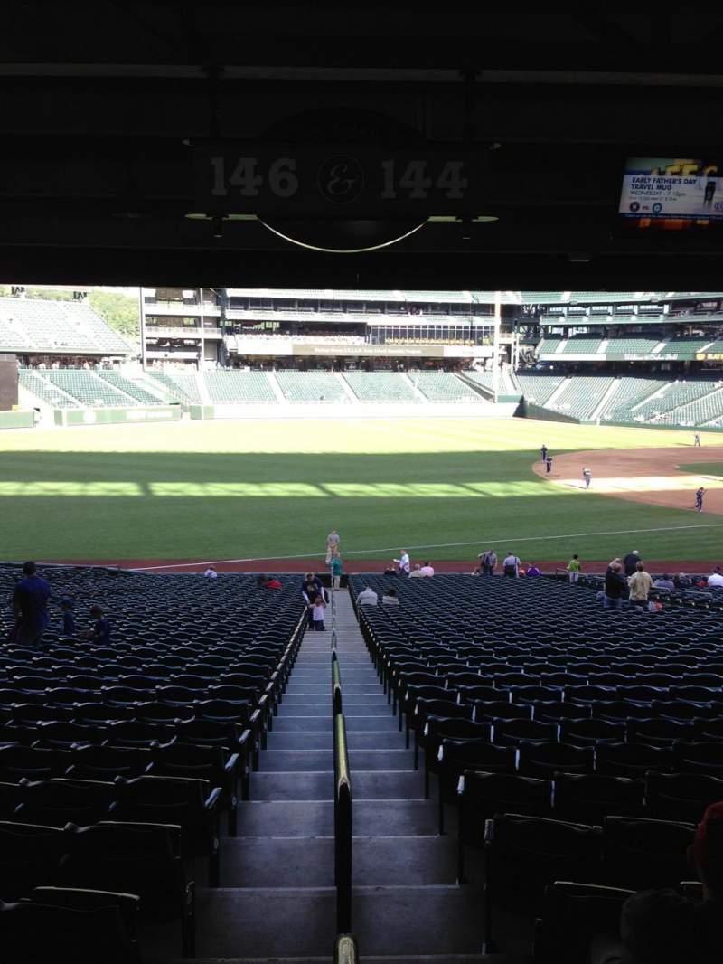 Vista sentada para T-Mobile Park Secção 146 Fila 36 Lugar 32