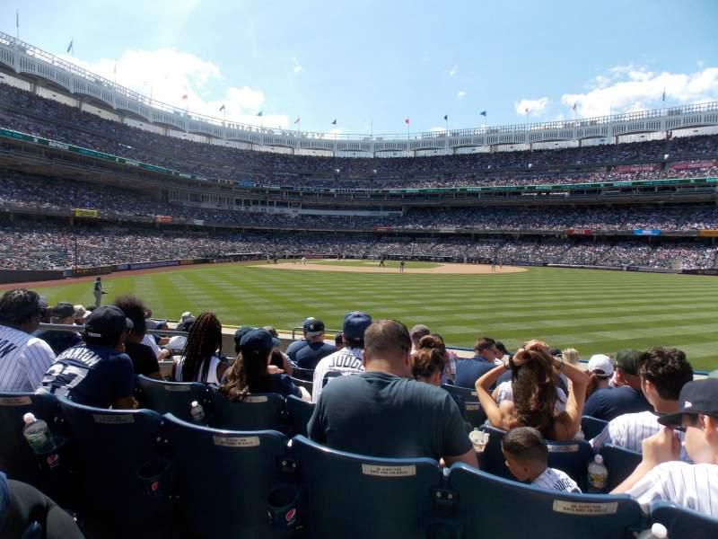Vista sentada para Yankee Stadium Secção 103 Fila 9 Lugar 19