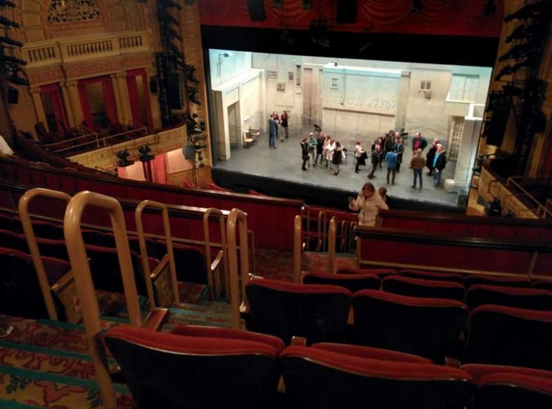 Vista sentada para Ethel Barrymore Theatre Secção Rear Mezzanine R Fila F Lugar 8